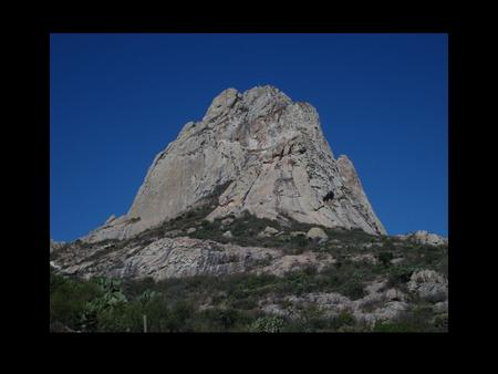 Monolith Pena de Bernal (Bernal Boulder) is the second- largest monolith in the world, after after Mount Augustus in Western Australia and the forth tallest.