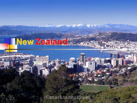 New Zealand. The country Inhabitants: 4,228,000 Official languages: English (98%) Māori (4.2%) Māori NZ Sing Language (0.6) Monetary unit: New Zealand.