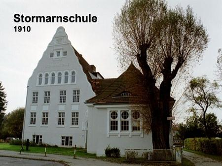 Stormarnschule 1910. Facts The Stormarnschule has about 900 students The school has about 70 teachers It was founded in 1910 as girl school The first.