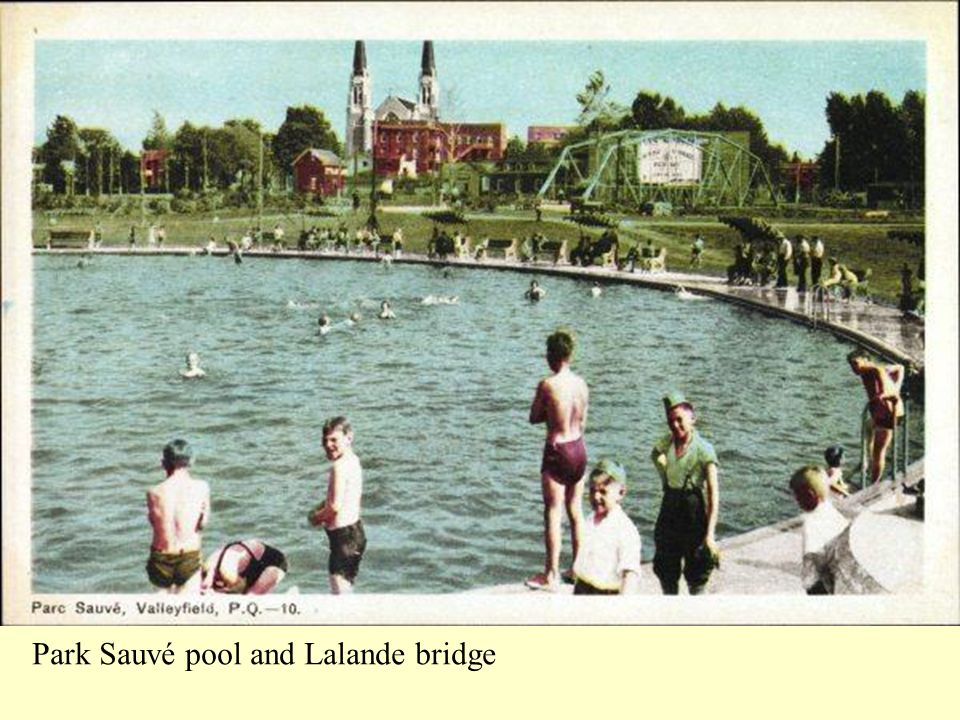 Park Sauvé pool and Lalande bridge