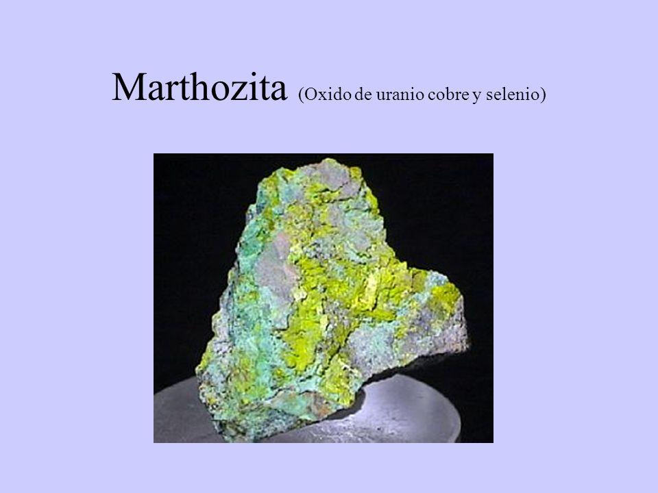 Marthozita (Oxido de uranio cobre y selenio)