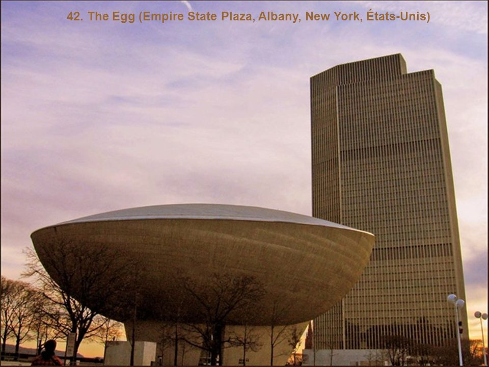 42. The Egg (Empire State Plaza, Albany, New York, États-Unis)