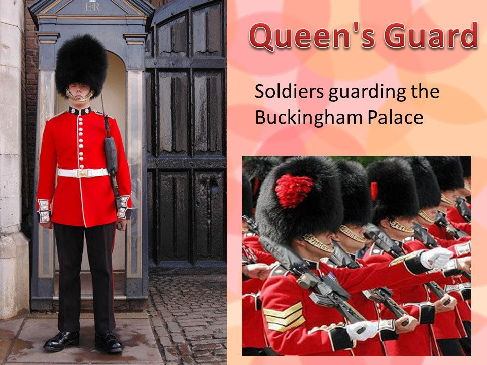 Queen s Guard Soldiers guarding the Buckingham Palace