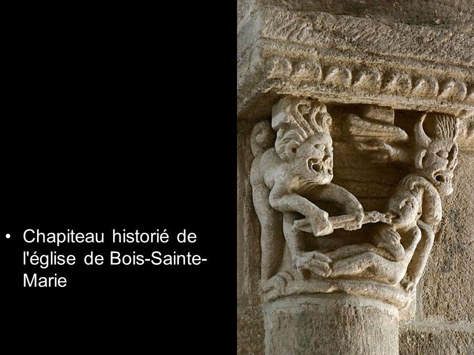 Chapiteau historié de l église de Bois-Sainte-Marie