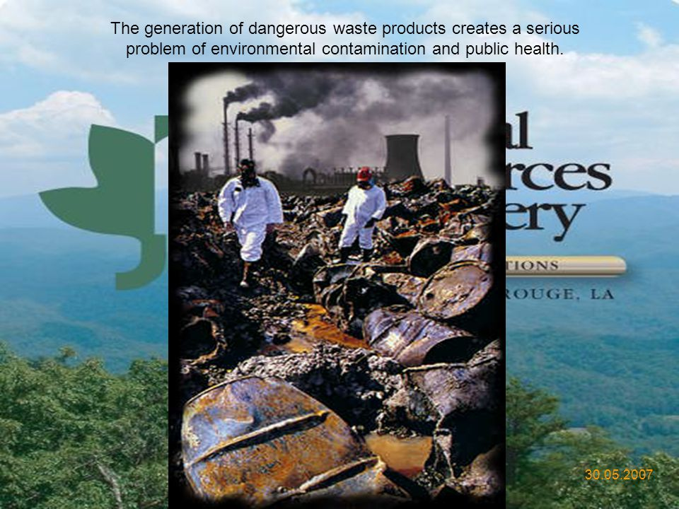 The generation of dangerous waste products creates a serious problem of environmental contamination and public health.
