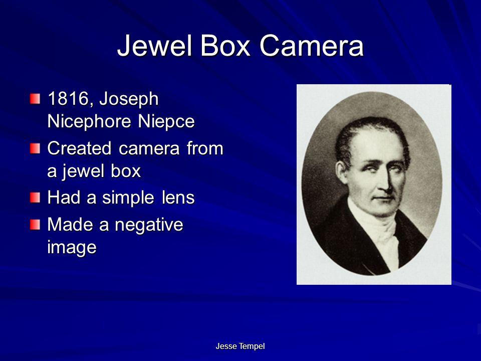 Jewel Box Camera 1816, Joseph Nicephore Niepce