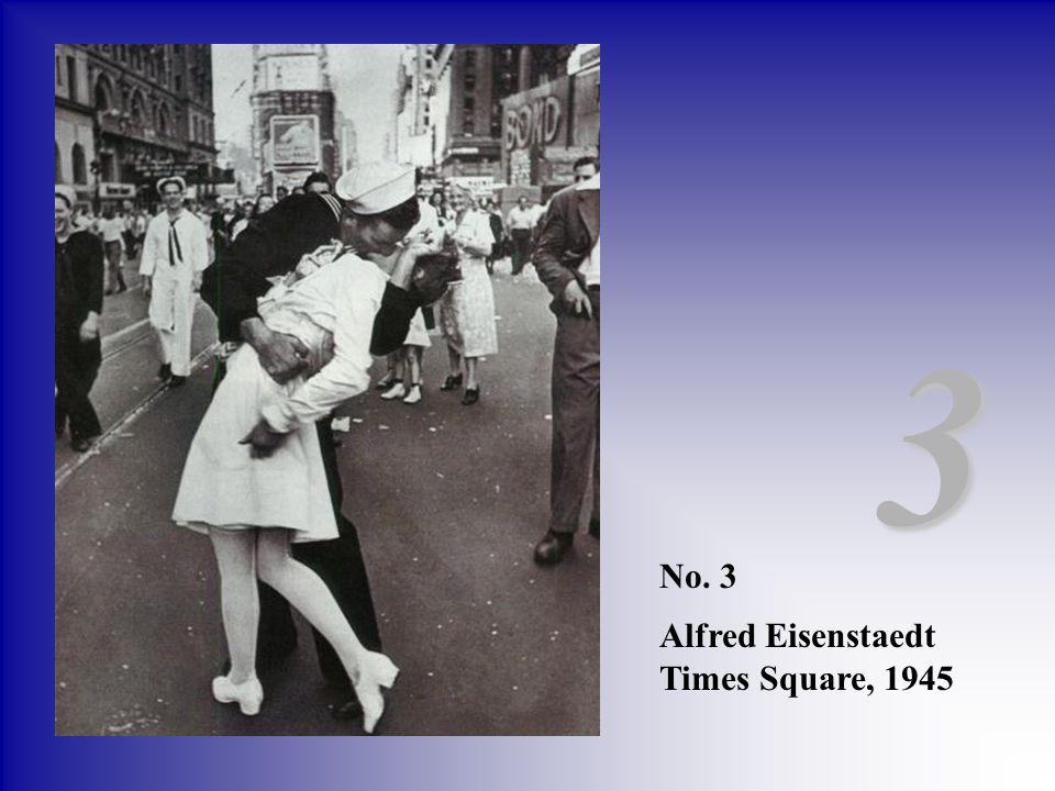 3 No. 3 Alfred Eisenstaedt Times Square, 1945