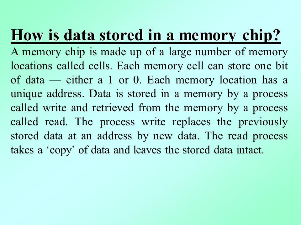 How is data stored in a memory chip