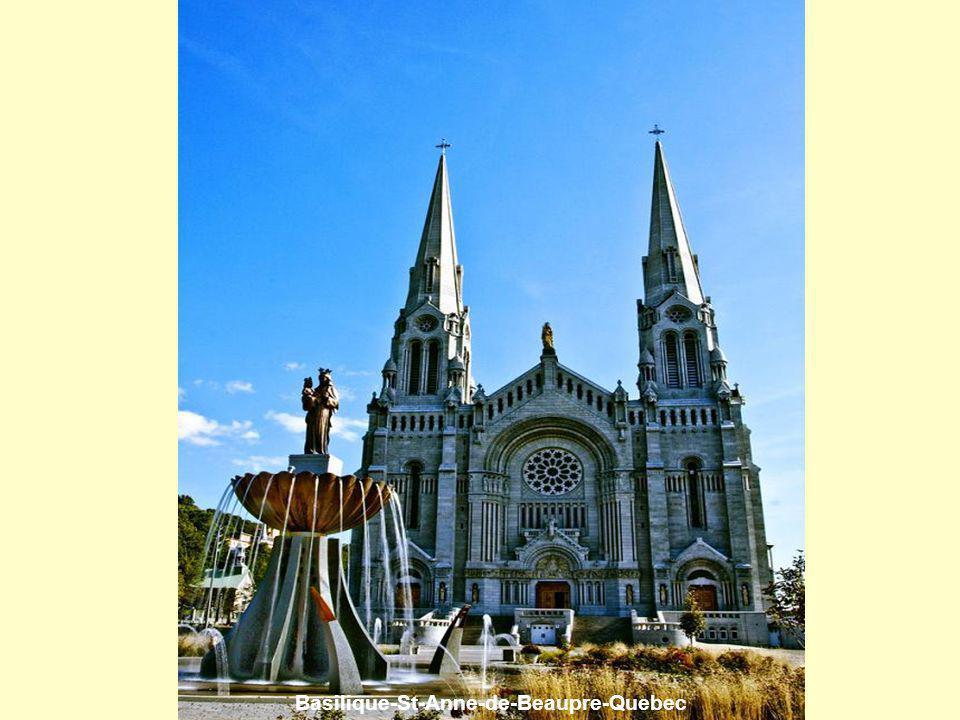Basilique-St-Anne-de-Beaupre-Quebec
