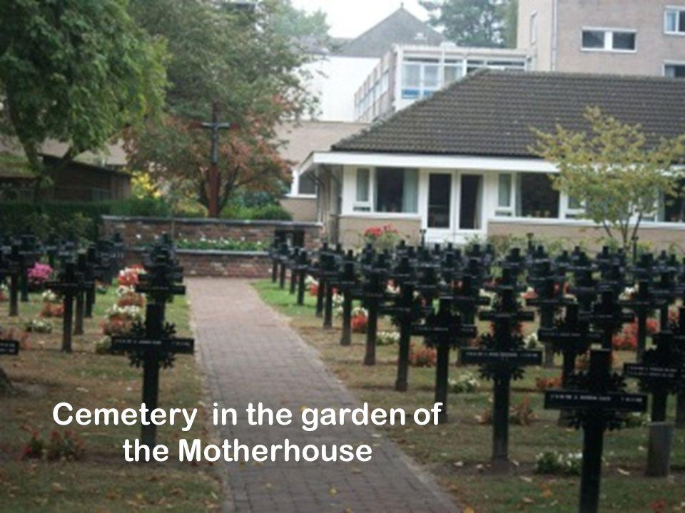 Cemetery in the garden of the Motherhouse