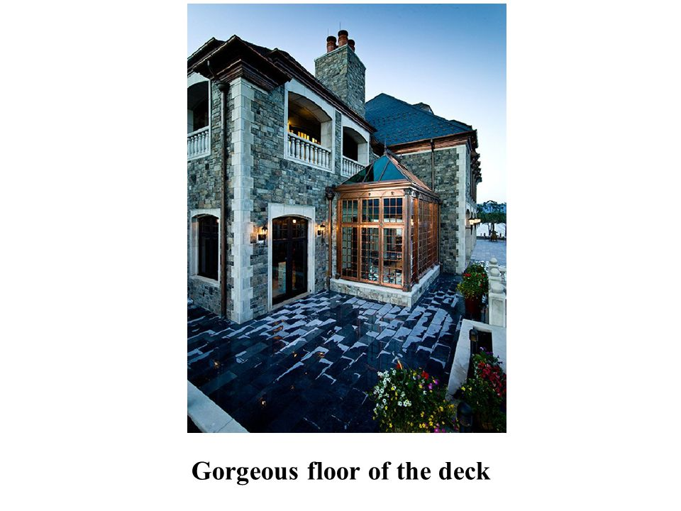 Gorgeous floor of the deck
