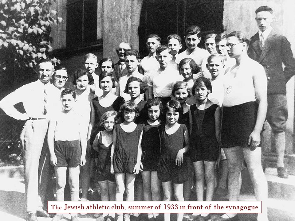 The Jewish athletic club, summer of 1933 in front of the synagogue