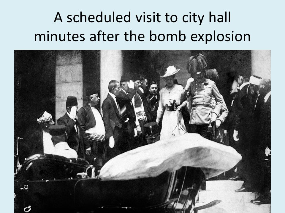 A scheduled visit to city hall minutes after the bomb explosion