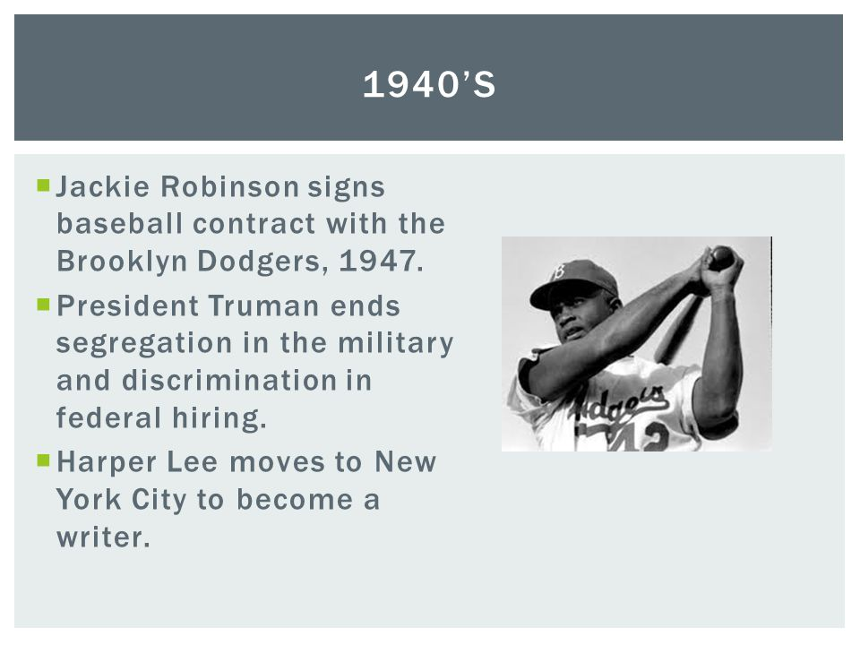 1940's Jackie Robinson signs baseball contract with the Brooklyn Dodgers, 1947.