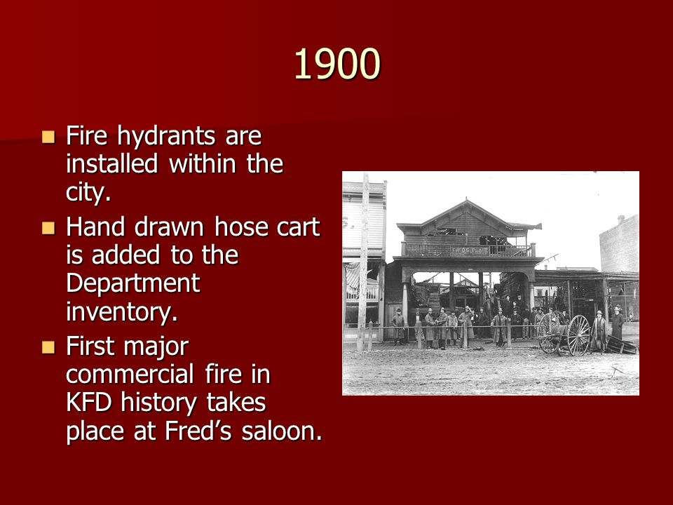 1900 Fire hydrants are installed within the city.