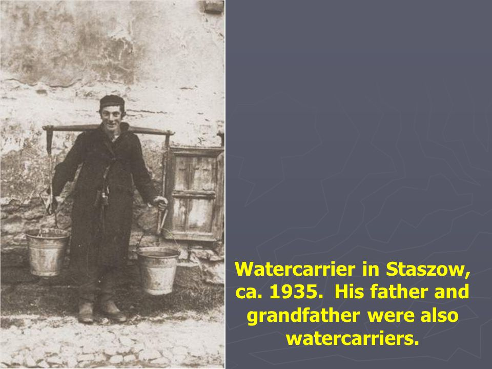 Watercarrier in Staszow, ca. 1935