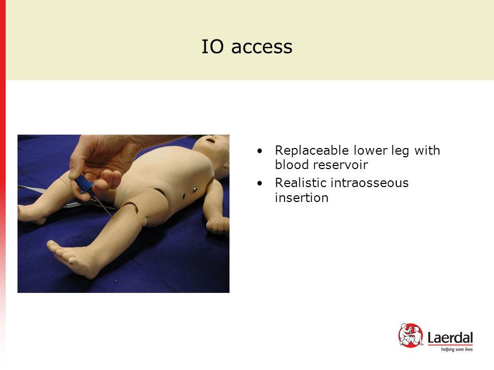 IO access Replaceable lower leg with blood reservoir