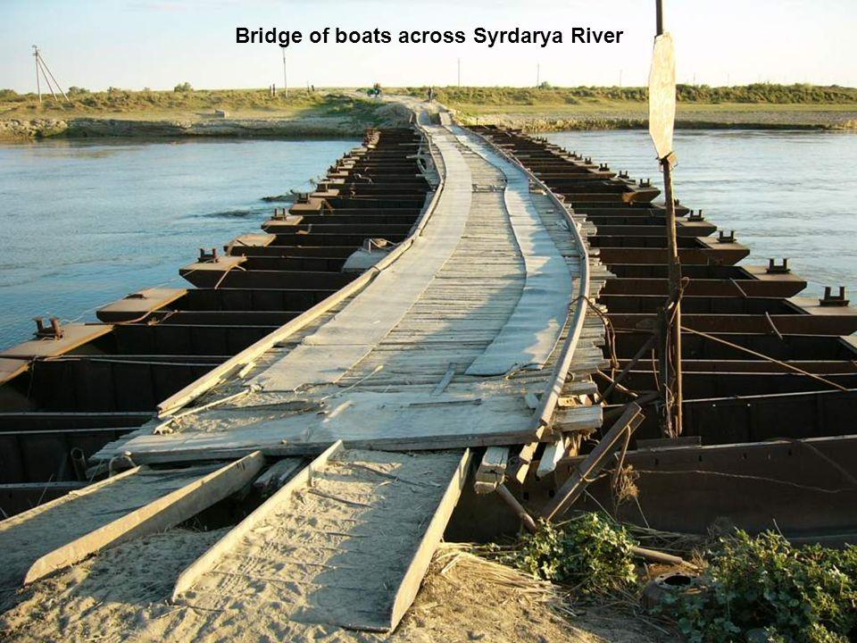 Bridge of boats across Syrdarya River