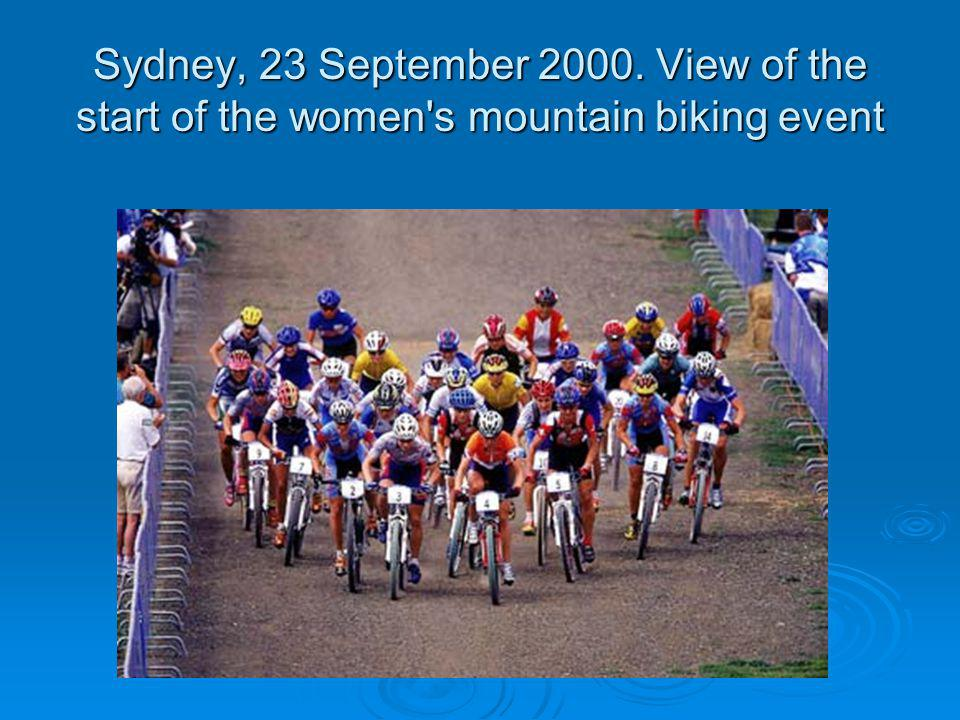 Sydney, 23 September 2000. View of the start of the women s mountain biking event