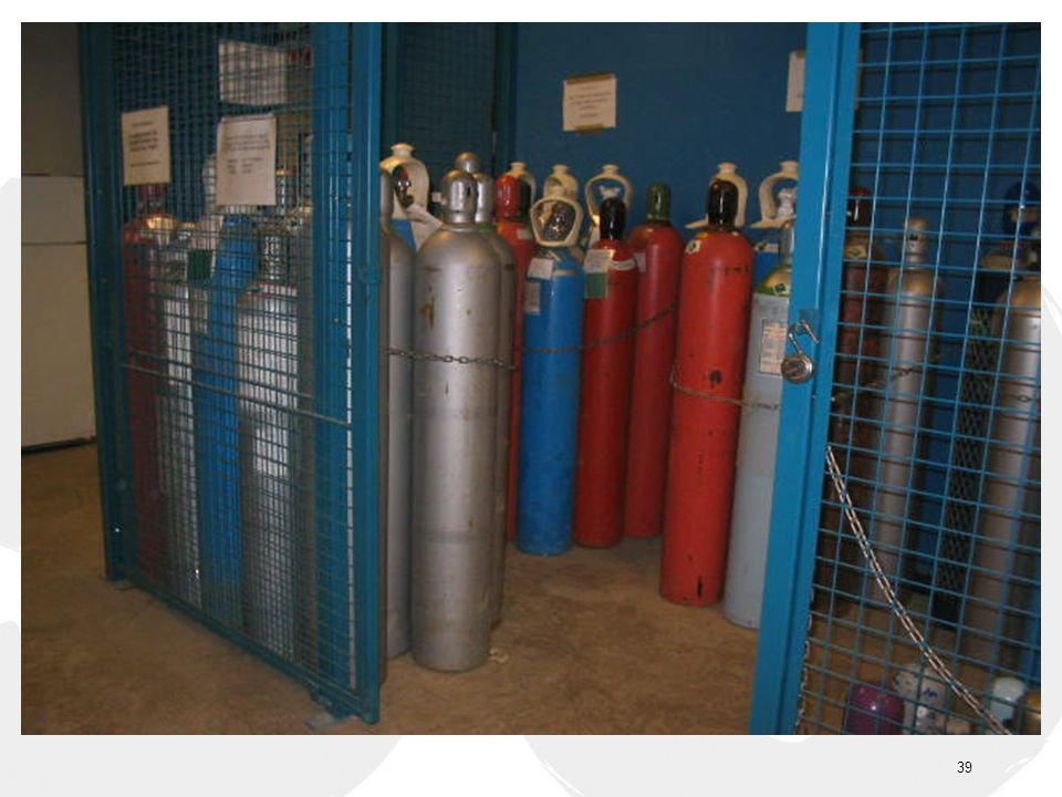 -Compressed gas cylinders not in use shall be chained, capped, labelled and segregated (full vs.