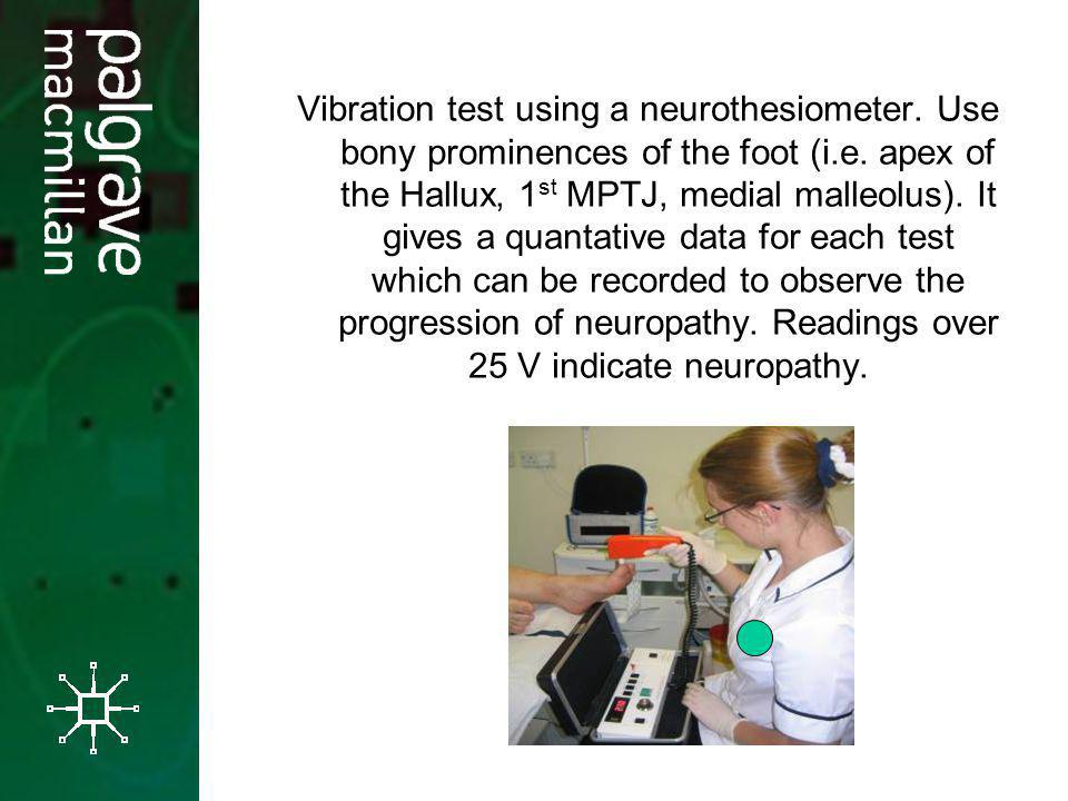 Vibration test using a neurothesiometer