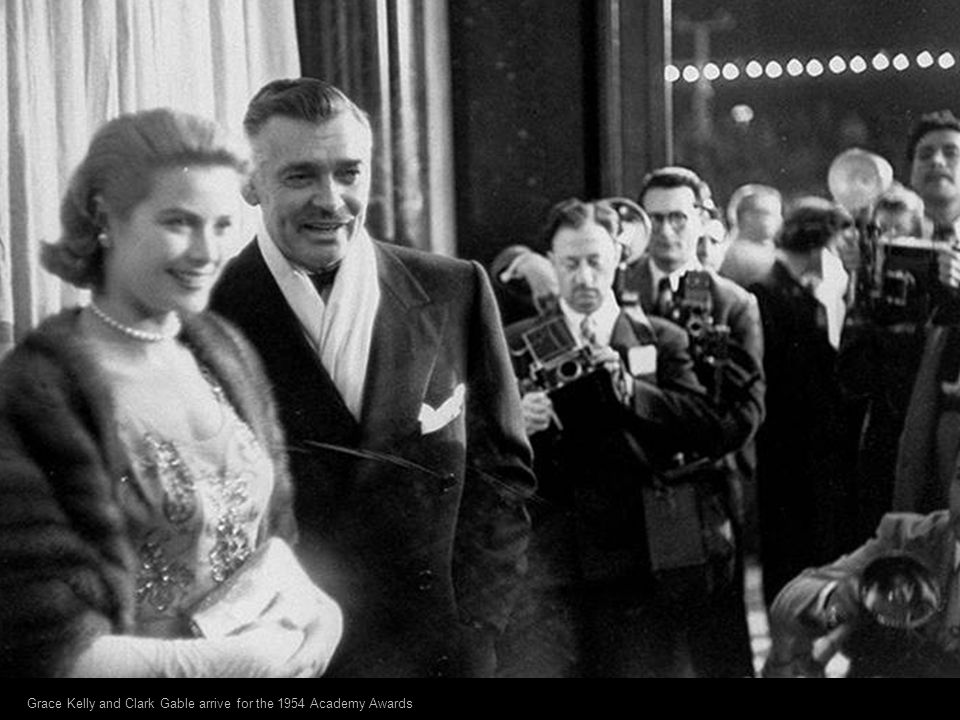 Grace Kelly and Clark Gable arrive for the 1954 Academy Awards