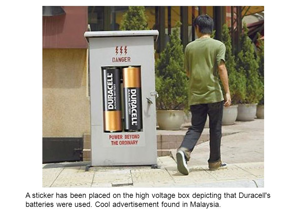 A sticker has been placed on the high voltage box depicting that Duracell s batteries were used.