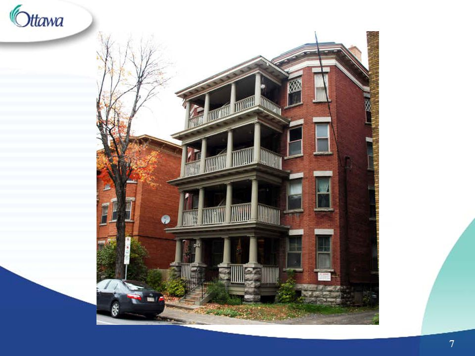 The following exterior features help to identify a Type III building: