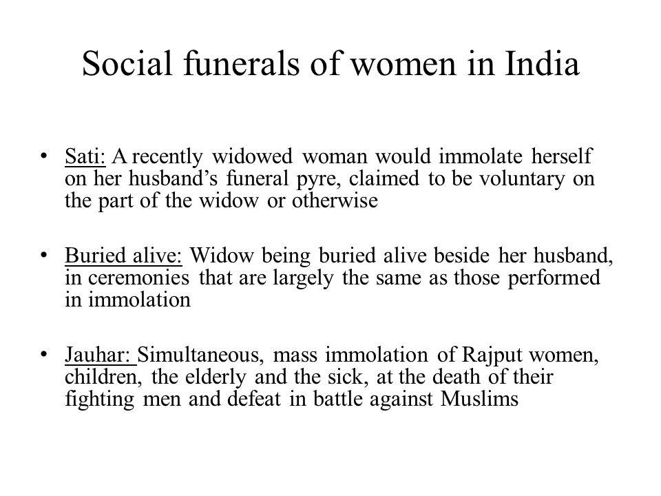 Social funerals of women in India
