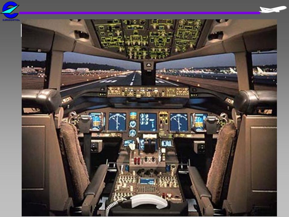 B777 Flight Deck
