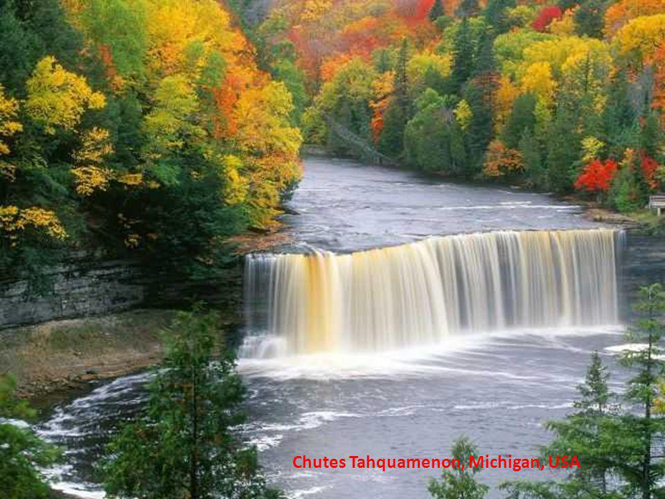 Chutes Tahquamenon, Michigan, USA