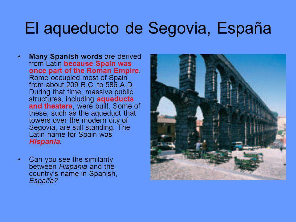 El aqueducto de Segovia, España