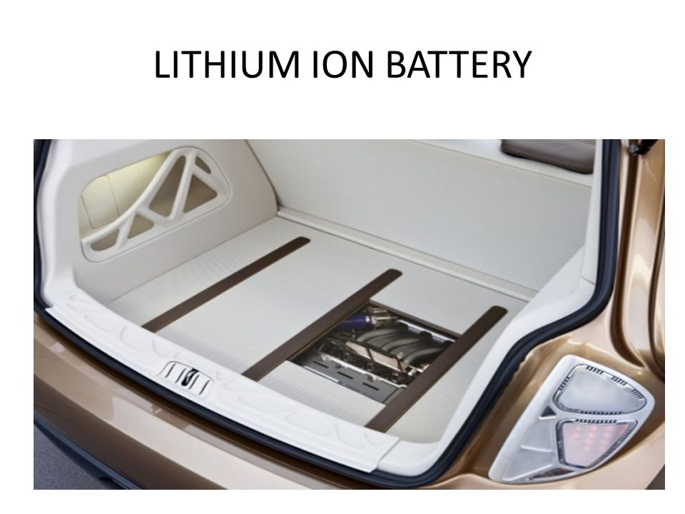 LITHIUM ION BATTERY 2011 Mercedes Benz S400 Blue-Hybrid is the FIRST production hybrid with a Lithium Io Battery.