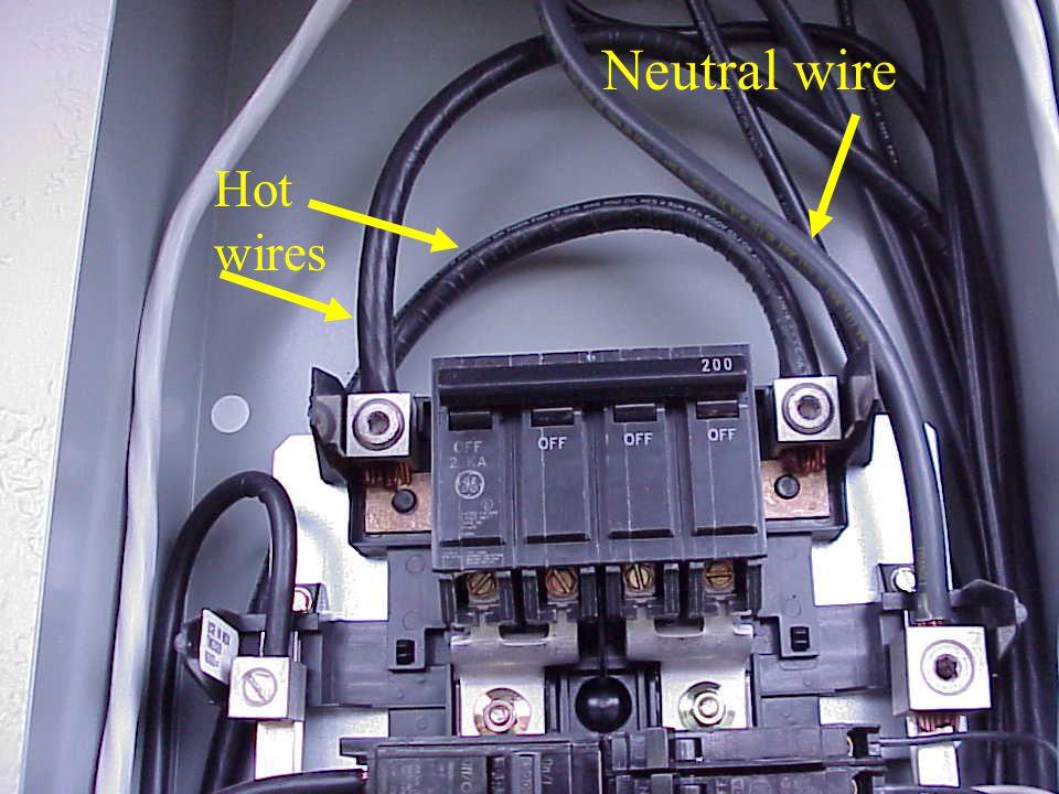 Neutral wire Hot wires