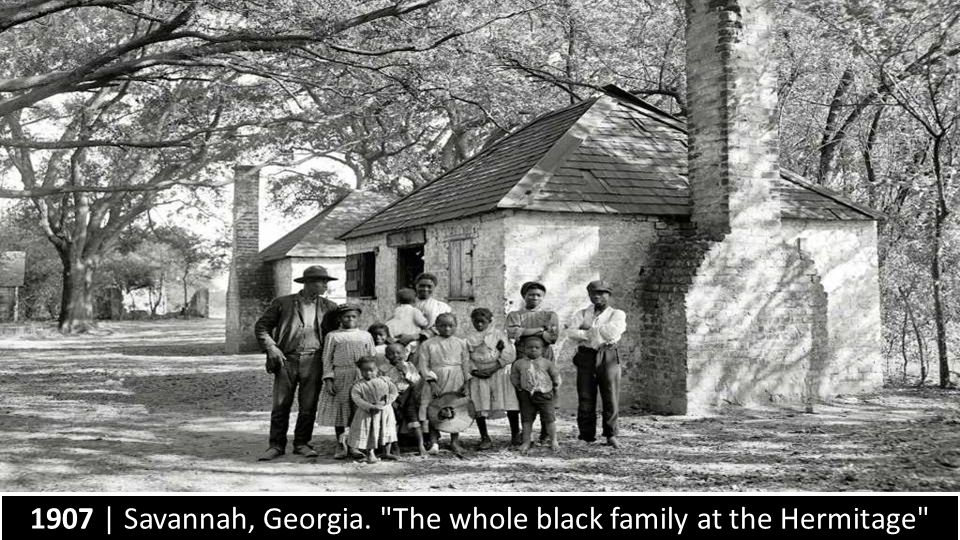 1907 | Savannah, Georgia. The whole black family at the Hermitage