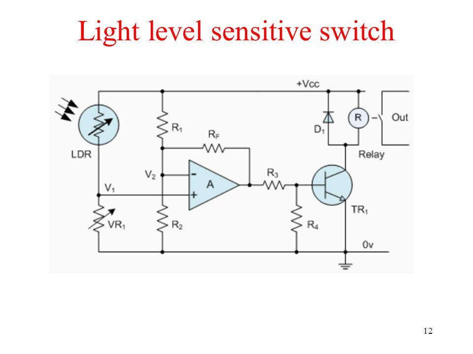 Light level sensitive switch