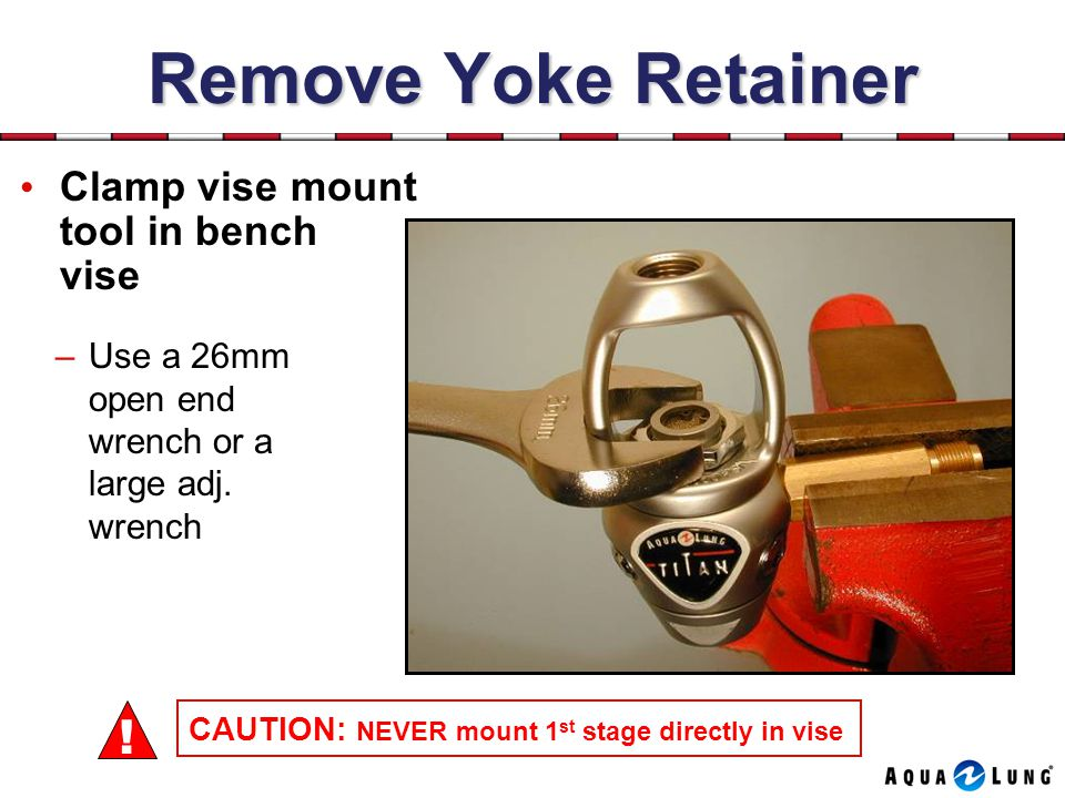 Remove Yoke Retainer ! Clamp vise mount tool in bench vise