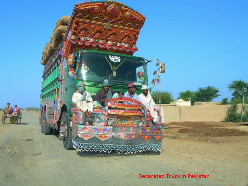 Decorated Truck in Pakistan