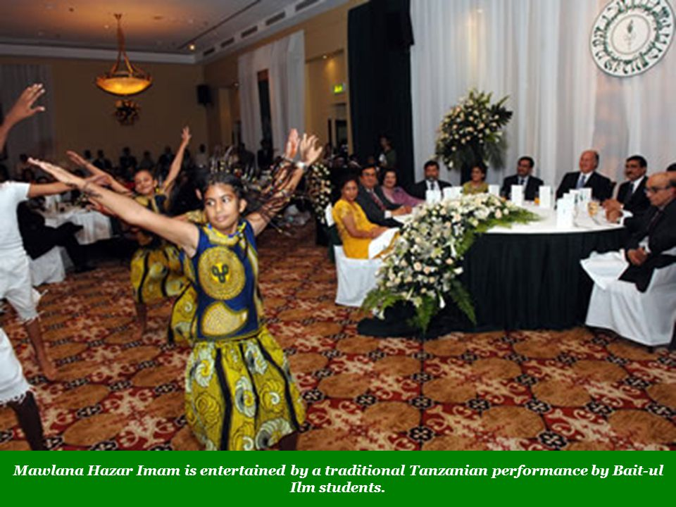 Mawlana Hazar Imam is entertained by a traditional Tanzanian performance by Bait-ul Ilm students.