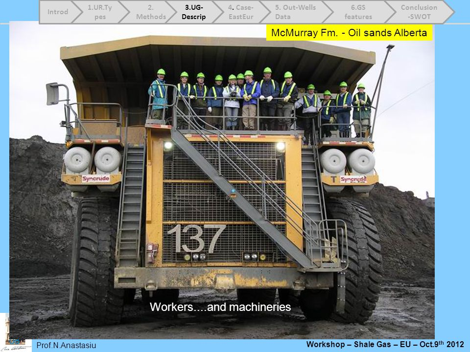 Workers....and machineries