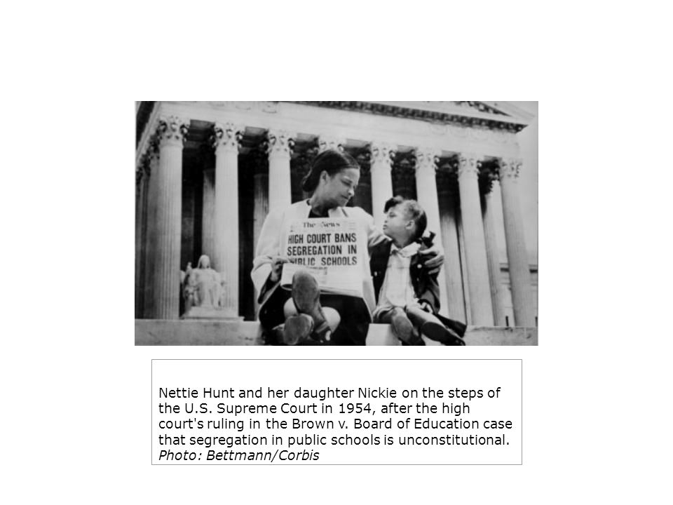 Nettie Hunt and her daughter Nickie on the steps of the U. S