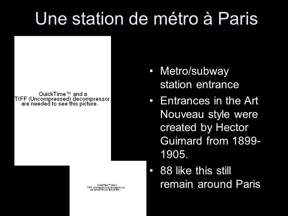 Une station de métro à Paris