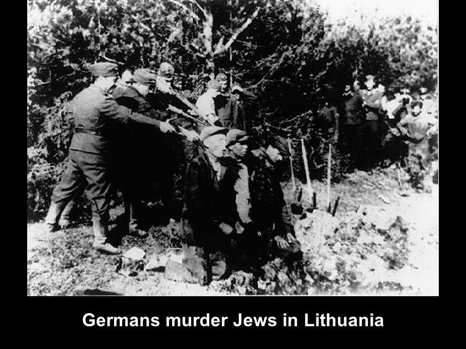 Germans murder Jews in Lithuania