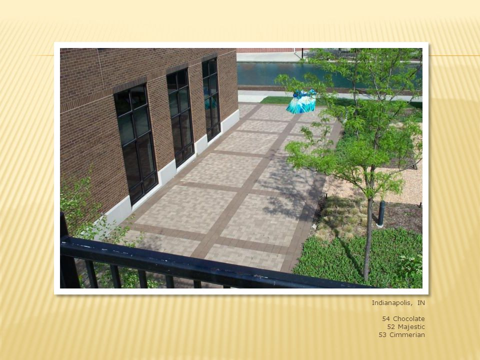 Indianapolis, IN office building, Ratio Architects 4x8x2-1/4 shade 54 banding, blend of shades 50, 52 and 53 field