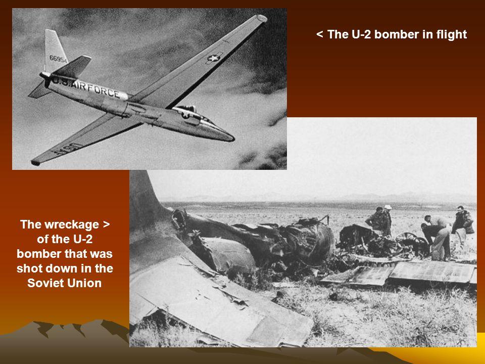 < The U-2 bomber in flight
