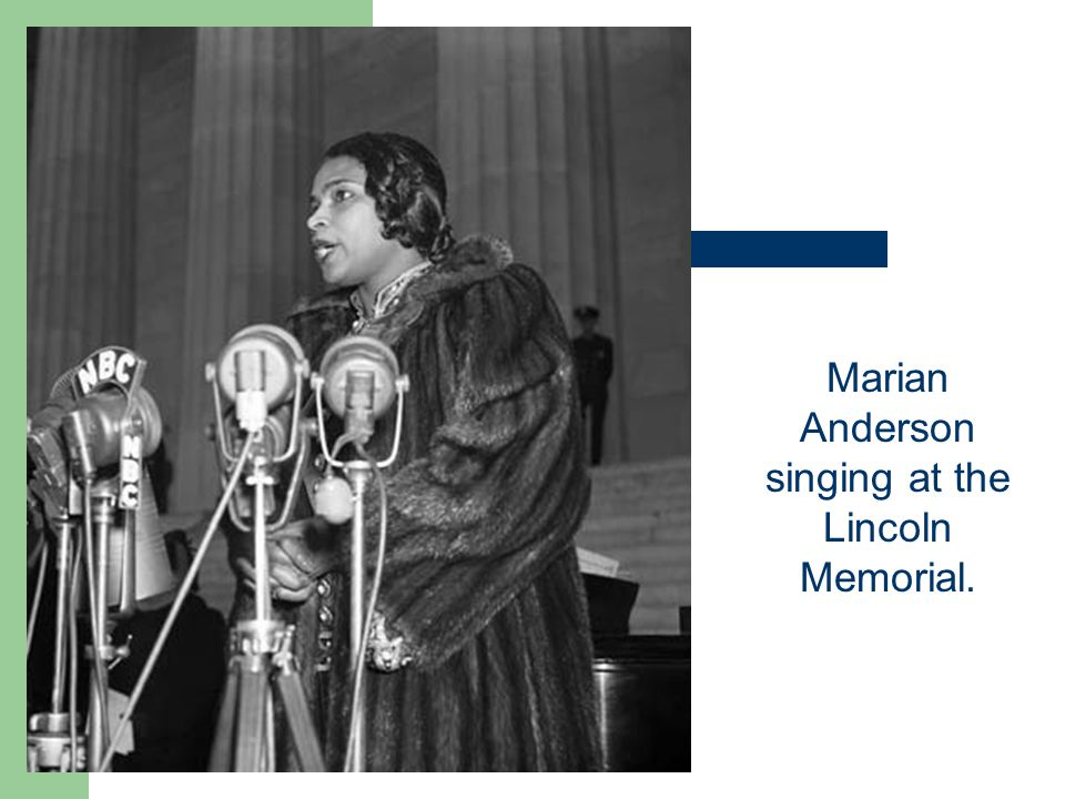Marian Anderson singing at the Lincoln Memorial.