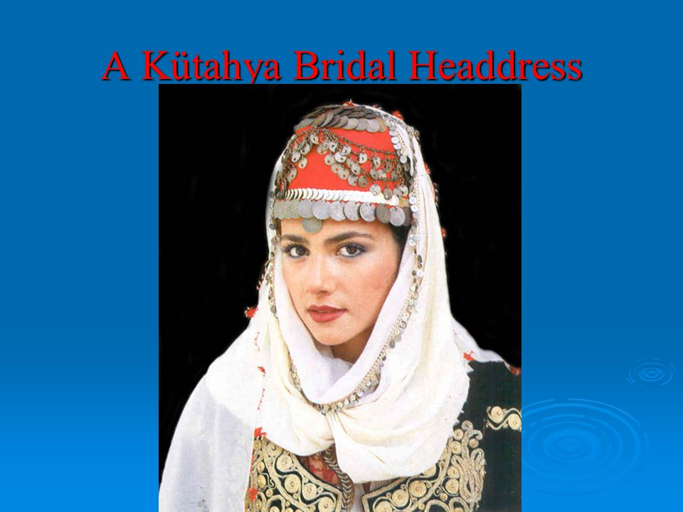 A Kütahya Bridal Headdress