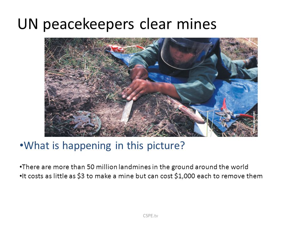 UN peacekeepers clear mines