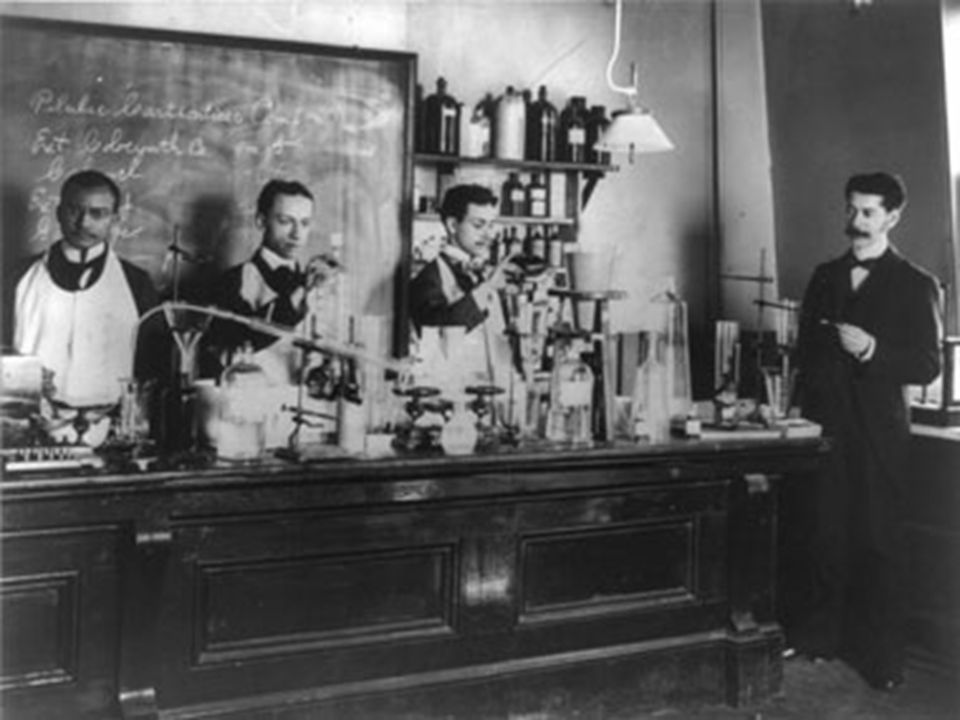Pharmacy class at Howard University in Washington, D.C.