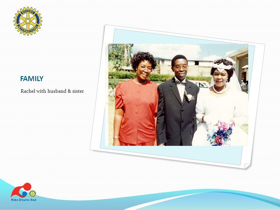FAMILY Rachel with husband & sister